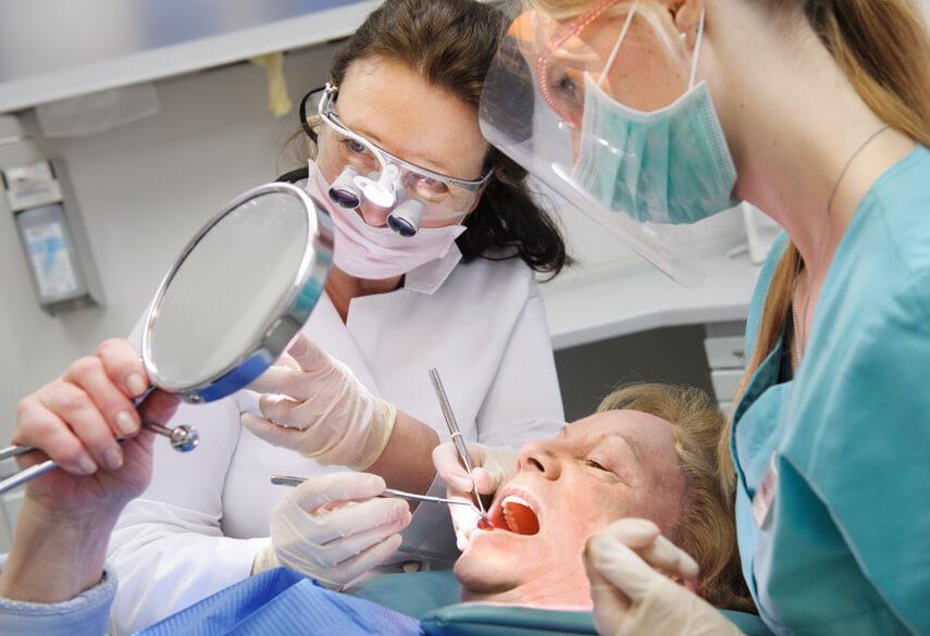 Zahnbehandlung Bredeney
